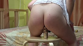 Juicy butt riding a bottle and a huge rubber dick. Stretching and expanding anal and gaping hole. Homemade fetish masturbation.