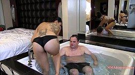 Goddess Tangent Hot Tub Headscissors