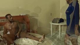 amea&ccedil_a de morte de esposa que flagrou marido no motel com amante tem final absurdo