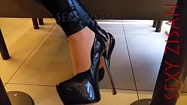 public dangling and shoeplay with tan pa ose