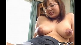 Momo Aizawa has shaved cunt licked and explored