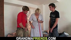 Very old blonde granny threesome