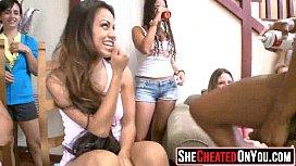 Porno photos lesbiennes cumming