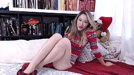 Hot Asian Teen on Camgirls4k.com