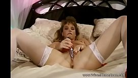 Hairy Housewife Dildo Play At Home