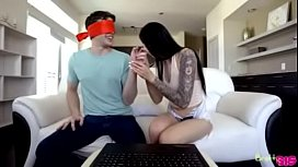 Marley Brinx - Touch My Body Challenge - Bratty Sis