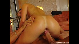 Ass Traffic Sexy blonde stretches her holes and gets ass fucked