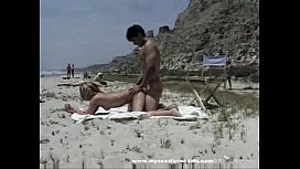 anders Watch Couple Have Sex On The Beach