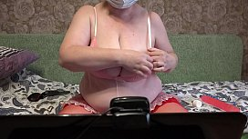 Busty milf with a big ass on Skype in front of the webcam fucks anal and hairy pussy.