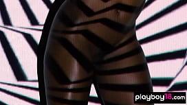 Muscular black panther Ana Foxxx presenting a sensual striptease