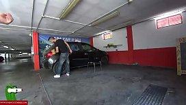 Blowjob in a public car wash CRI