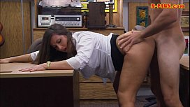 Phat bum amateur brunette babe fucked in the backroom