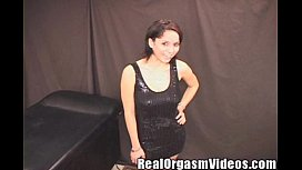 Jessica Busty Spinner Chick Cums Riding the Sybian