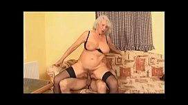 Mature slut K&ouml_nyvesn&eacute_ Kiss M&aacute_ria gets warmed up with a dildo then young dude comes to bang her