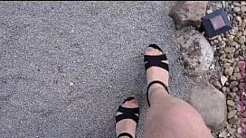 Kleiner Spaziergang in Heels