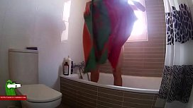 Shower before a bed session cumming on her back ADR0109