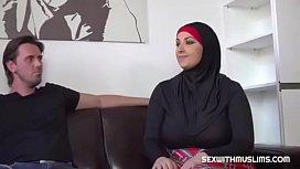 Hot cockold Muslim fucks