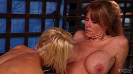 Darla Crane loves Ash Hollywood's tongue