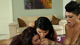 Dirty Bitches Romi Rain, Lylith Lavey & Cameron Bay Share A Cock