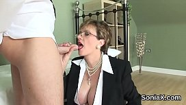 Adulterous english mature lady sonia showcases her gigantic boobies