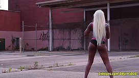 Ebony Big ass Shaking