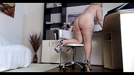 BBW MILF in High-heels On Webcam