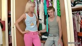 Brother Caught Skinny Step-sister and Seduce her To Fuck