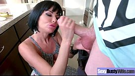 (Veronica Avluv) Sexy Busty Mature Lady Love To Bang Hard On Camera video-27