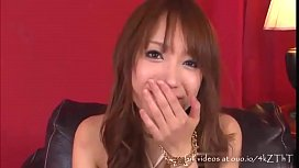 Handyman Fingers and Eats the Young Wife'_s Pussy