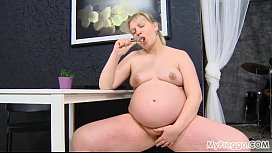Pregnant Jenny # from eggocom