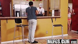 Mofos - Latina Sex Tapes - Michelle Taylor - Cheating Latina Freak