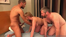 Cum Eating Cuckolds - Brooke Wylde'_s hubby gives her a BBC