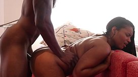 ARAB GIRL SQUIRTS TRYING BBC FIRST TIME