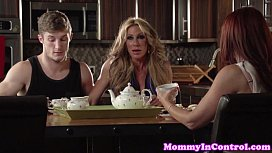 Tanlined stepmom q ng in threeway