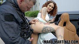Polizist verpasst mir Spermaladung anstatt Ticket