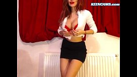 Redhead Beauty Strips and Teases On Cam