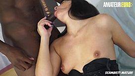 AMATEUR EURO - Romanian Mature Floriana Enjoy Italian Interracial BBC