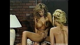 Bigtit blondes suck and fuck in threesome sex