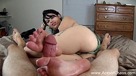 Teen Gives First Footjob