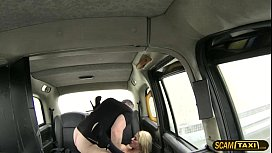Prisoners damn hot blonde girlfriend trades sex for the ride