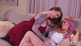 Voluptuous Scissor Sisters Lily Madison & Harmony Reigns Love Licking Pussy