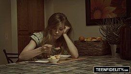 TEENFIDELITY Ivy Wolfe Bi ay Creampie