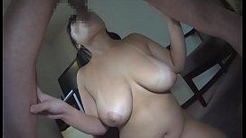 Chubby japanese girls sucks dick