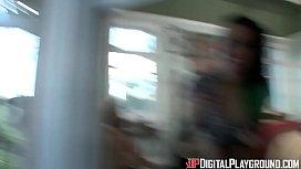 DigitalPlayGround - Jack Attack scene3