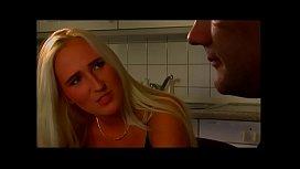 Drecksau auf dem Küchentisch gefickt - amy anderson porn