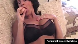 Delicious Texas Milf Deauxma Dildo Bangs Her Pussy &amp_ Asshole
