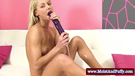 Perfect puffy peach babe toy squirting