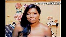 Indian Chennai Meena Bhabhi big boobs with hairy pussy on Webcam - indiansexygfs.com