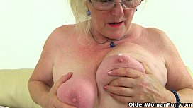 English granny Claire Knight needs that stuffed feeling xxx video