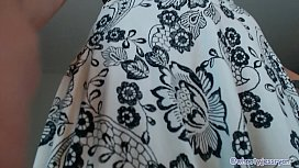 PAWG Milf Jess Ryan Up Skirt N Twerk Ass Flash